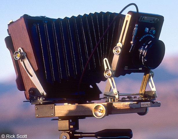 Photo - Wista DX Cherry 4x5 Field Camera